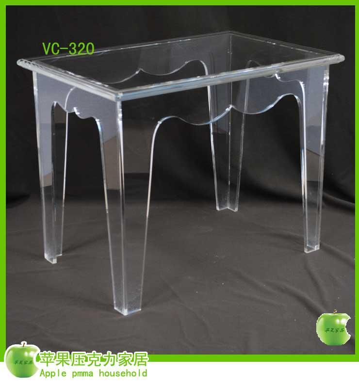 桌子 (3)